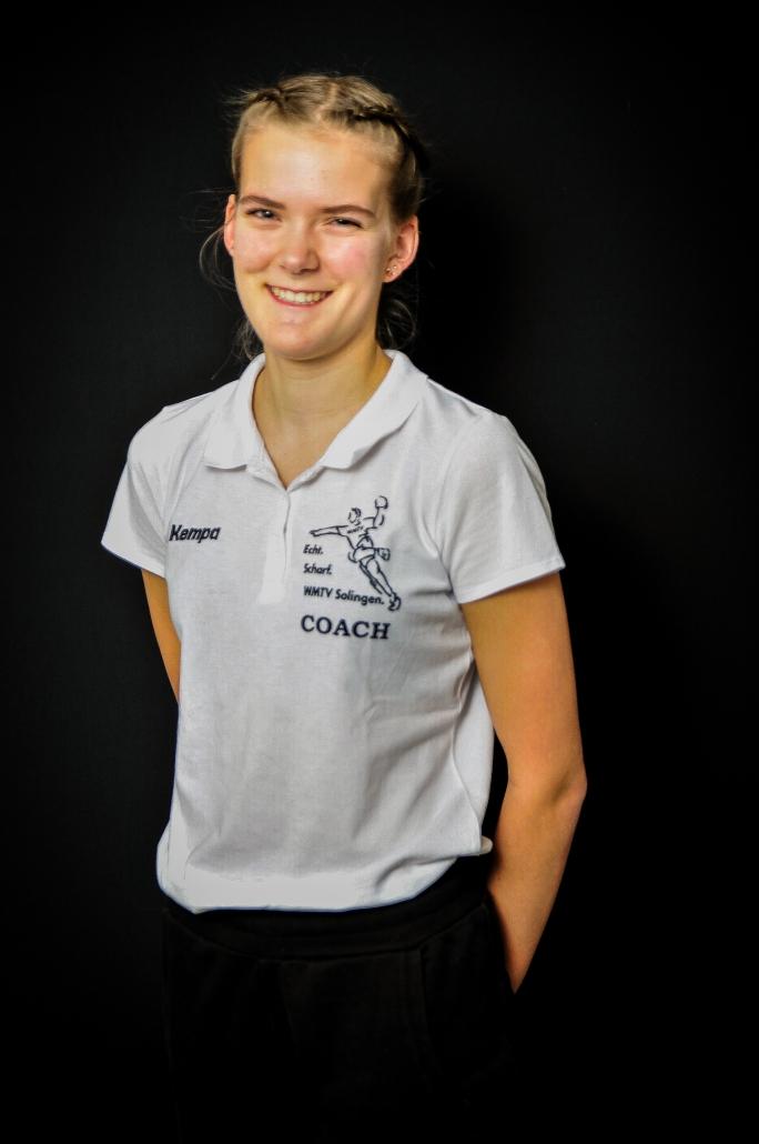 Adrienne Löhr